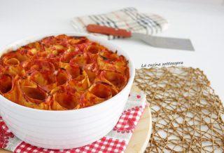nidi di lasagna pomodoro e mozzarella di bufala