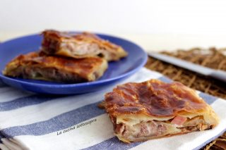 pizza rustica carne e mozzarella
