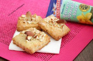biscotti alla vaniglia con ricotta e mandorle paneangeli