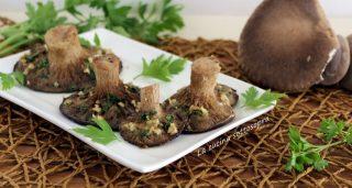 funghi cardoncelli gratinati aglio e prezzemolo