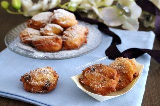 frittelle di ricotta all'arancia e uva passa
