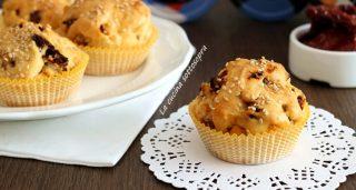 muffin ai pomodori secchi e olive fb