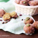 Castagnole dolci ai pistacchi - ricetta di Carnevale