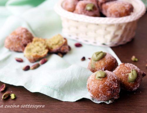 Castagnole dolci ai pistacchi – ricetta di Carnevale