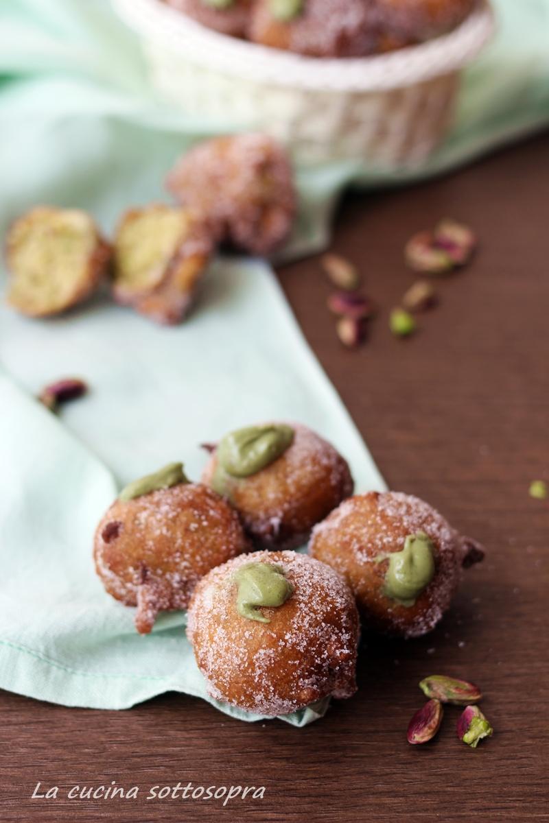 castagnole dolci ai pistacchi
