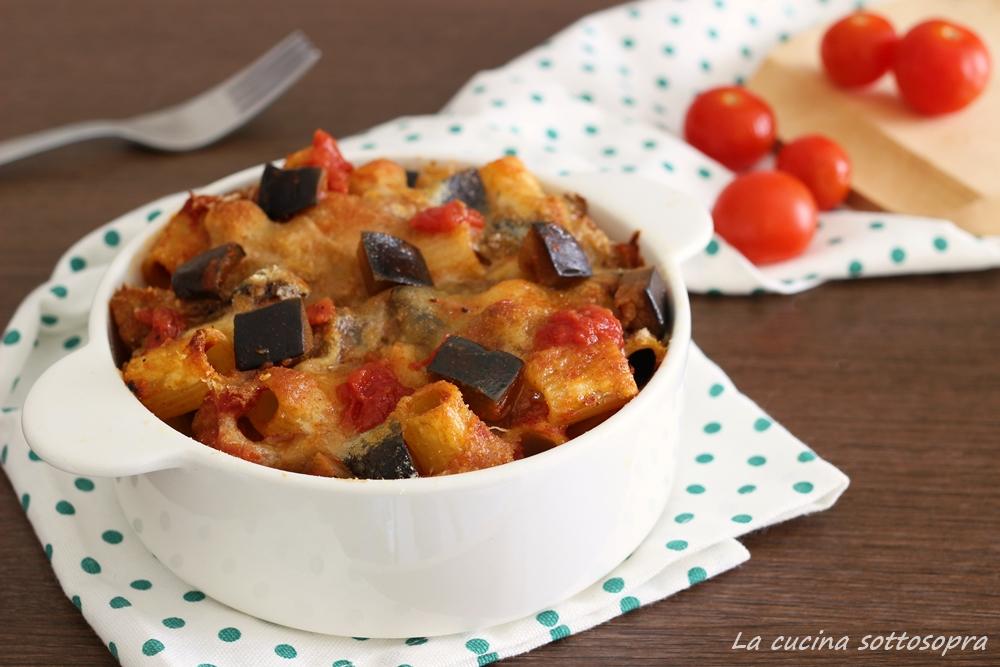 pasta al forno con melanzane e mozzarella