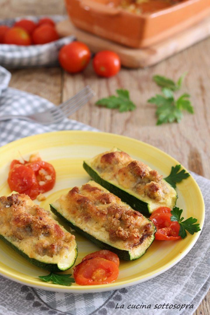 barchette di zucchine con carne e mozzarella