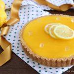 Crostata al limone senza cottura con crema allo yogurt