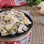 Pasta cremosa prosciutto e funghi - senza panna
