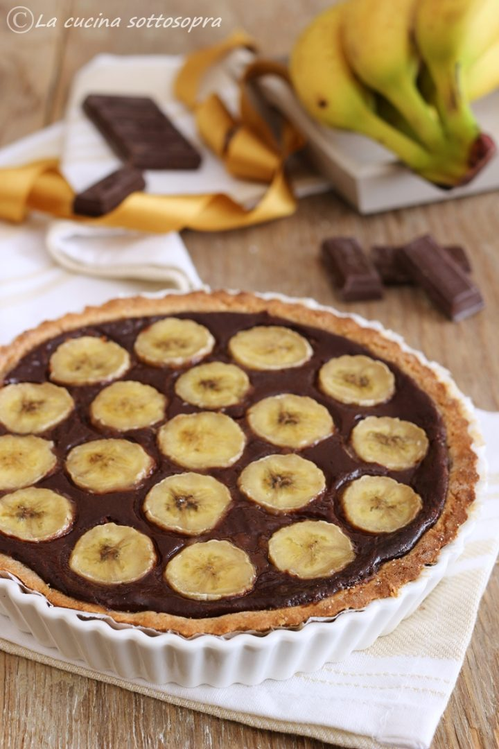 crostata senza glutine banana e cioccolato