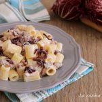 Pasta cremosa radicchio e salsiccia - senza panna