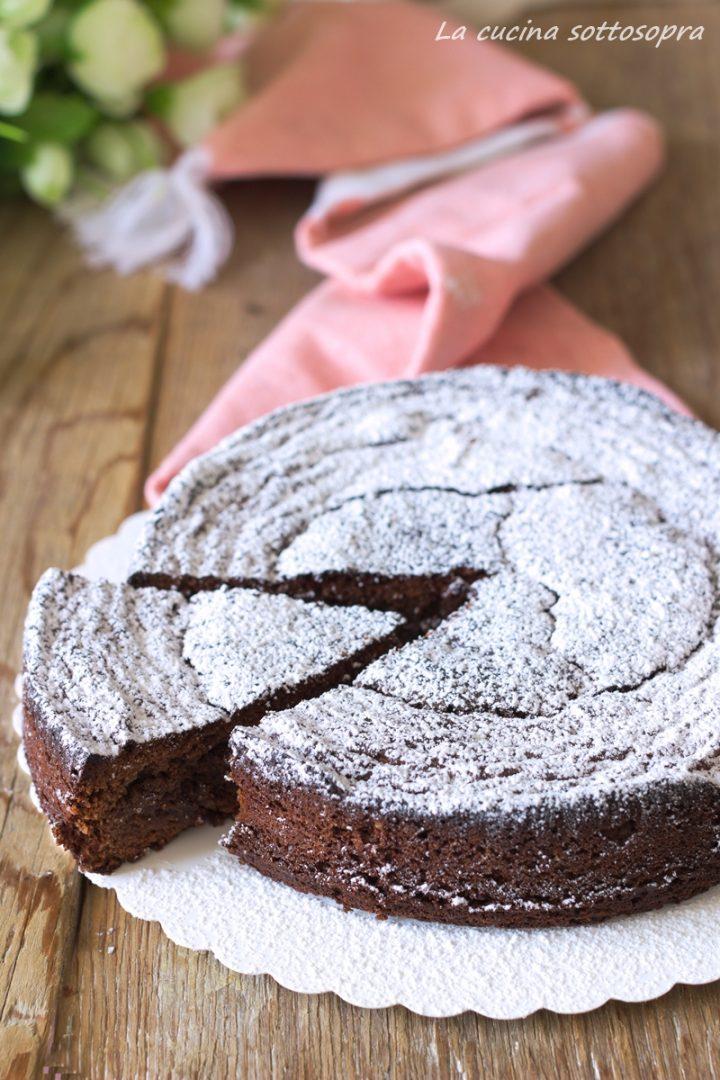 torta caprese al cioccolato con Bimby e senza Bimby