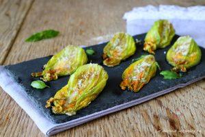 fiori di zucca ripieni con mozzarella e alici ricetta antipasto