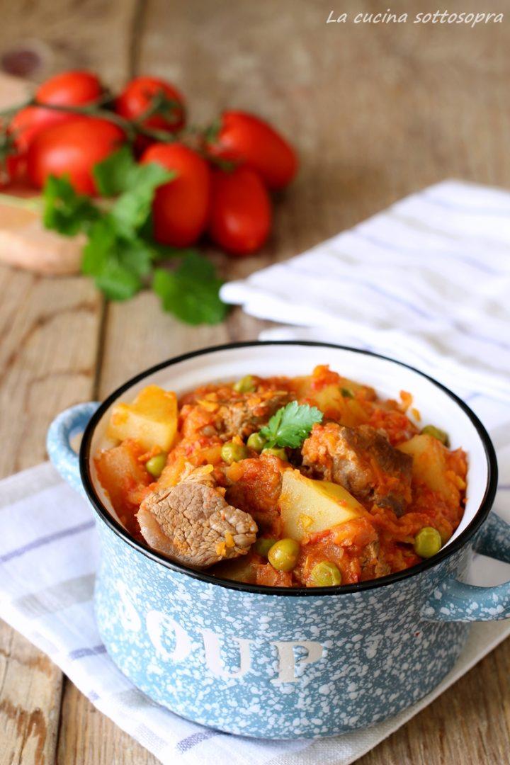 Spezzatino misto con patate e piselli