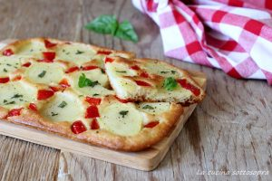 schiacciata patate e peperoni con bimby e senza Bimby