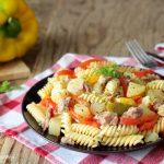 Insalata di pasta tonno patate e peperoni