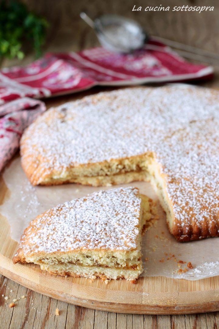 torta biscotto alla marmellata con frolla all'olio