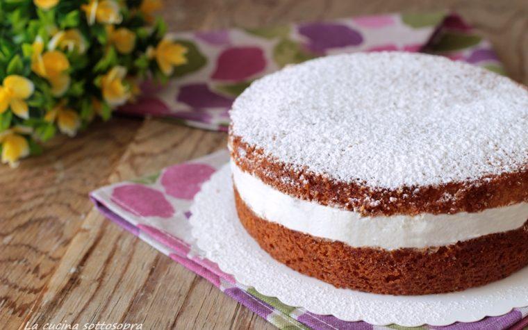 Torta 7 vasetti con crema allo yogurt