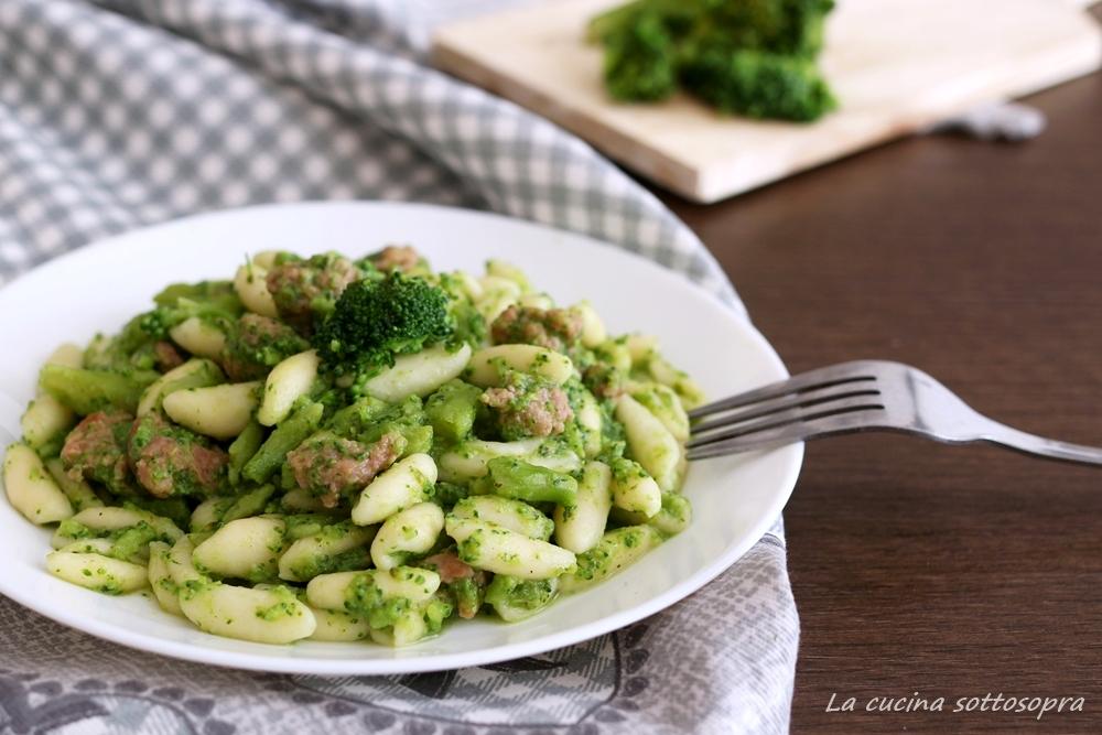 pasta broccoli e salsiccia pugliese