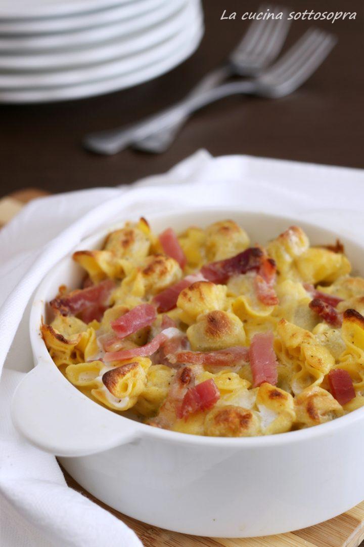 tortellini al forno gorgonzola e speck ricetta facile