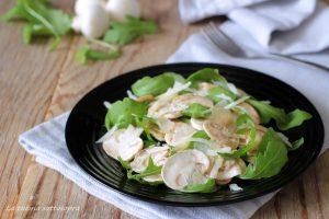 carpaccio di funghi rucola e pecorino insalata