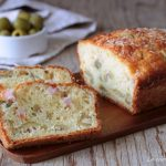 Plumcake salato Bimby con prosciutto e olive verdi - anche procedimento tradizionale
