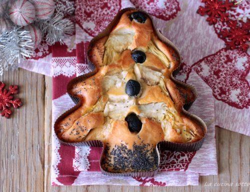Focaccia senza impasto natalizia con olive e carciofini