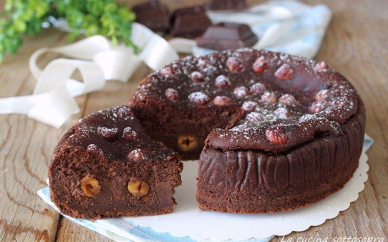 Cheesecake cotta al cioccolato e nocciole