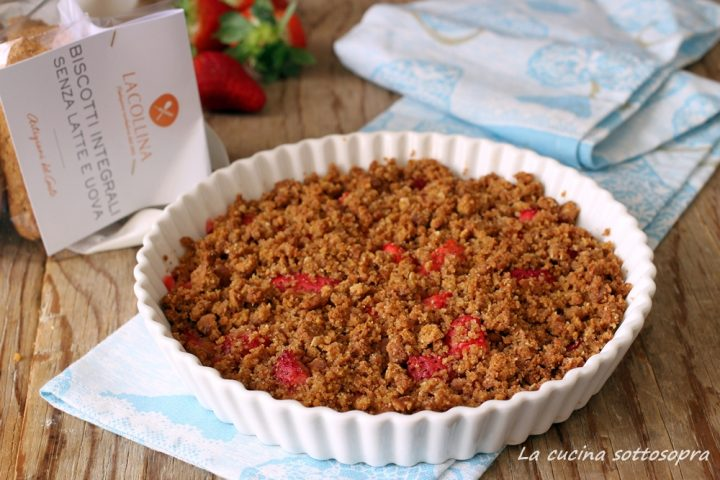 crumble integrale alle fragole la collina