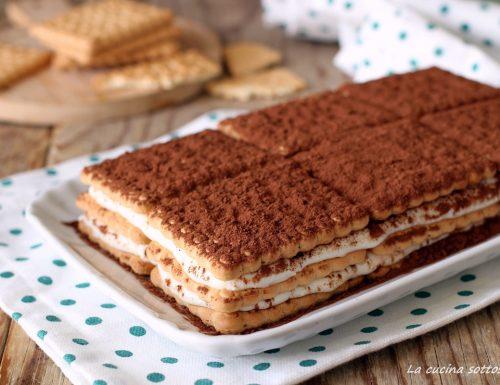 Mattonella di biscotti e crema di ricotta