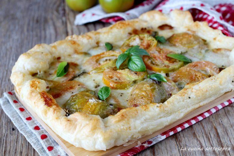 Pasta sfoglia pomodoro e mozzarella