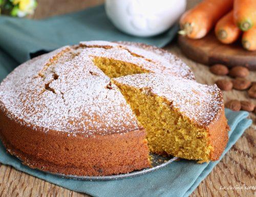 Torta carote e mandorle – con e senza Bimby