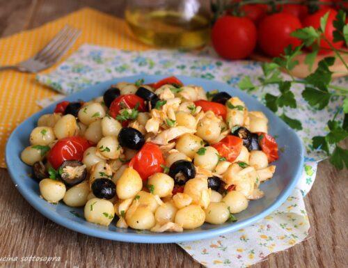 Gnocchi all'orata con olive e pomodorini