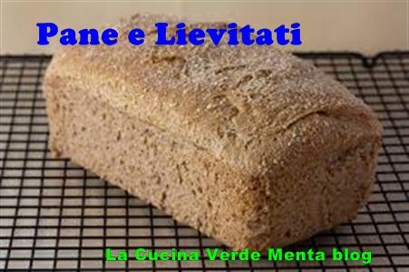 Pane al patè di olive vegano