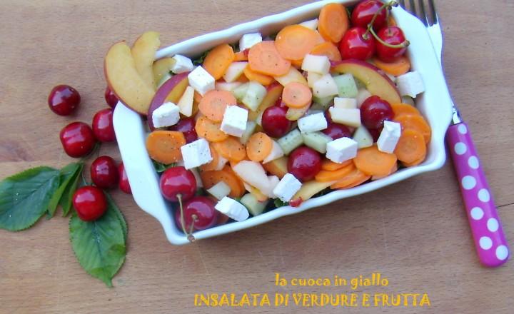 Insalata di verdura e frutta