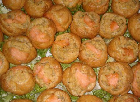 Bignè salmone e patate