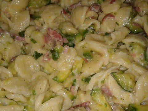 Orecchiette prosciutto cotto e zucchine