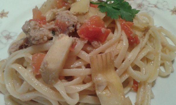 Bavettine carciofi e salsiccia