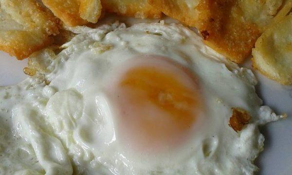 Uovo e pecorino