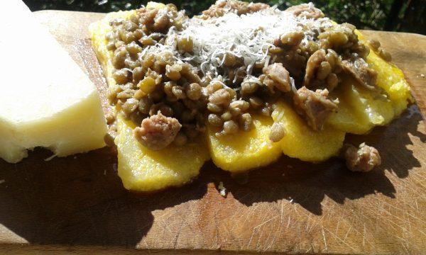 Polenta lenticchie e pecorino