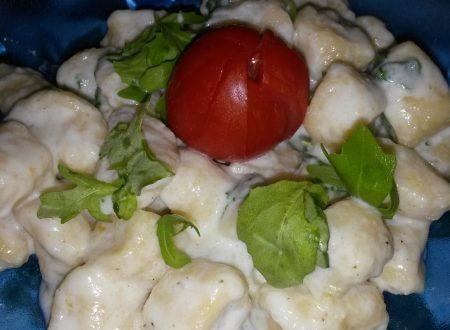Gnocchi di patate con taleggio e rucola