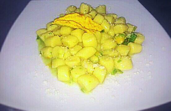 Gnocchi di patate zenzero e fiori di zucca