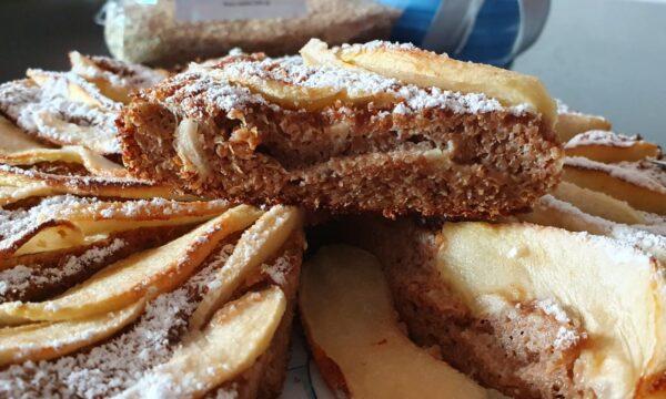 Schiacciata di mele e crusca di grano tenero