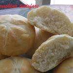 Panini fatti in casa con la macchina del pane