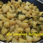 Patate e zucchine in padella