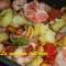 Bocconcini di pollo, salsiccette e patate al forno