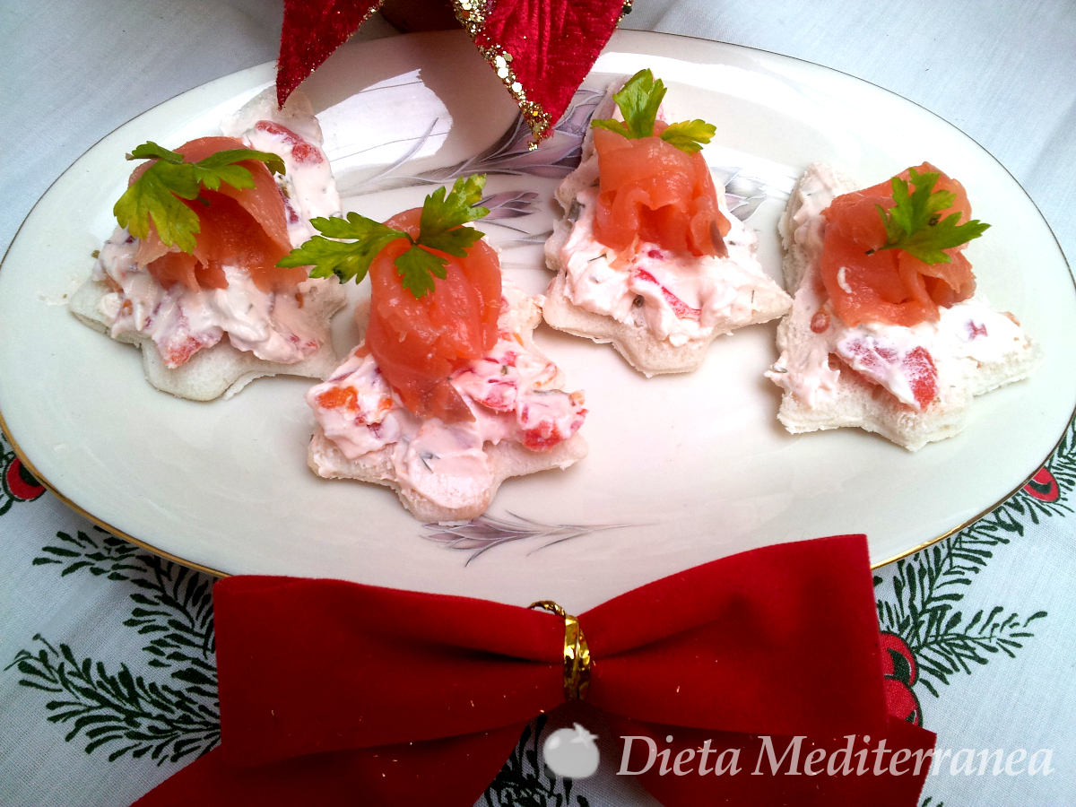 Tartine al salmone e pomodorini by Dieta Mediterranea