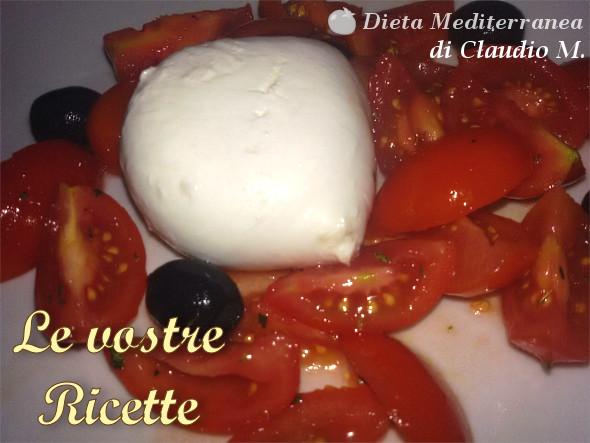 Mozzarella, pomodoro e olive - Foto Fan di Claudio M. by Dieta Mediterranea