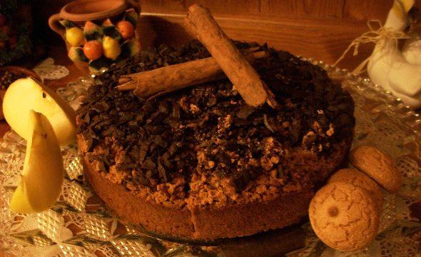 Torta al cioccolato, mele, amaretti e cannella