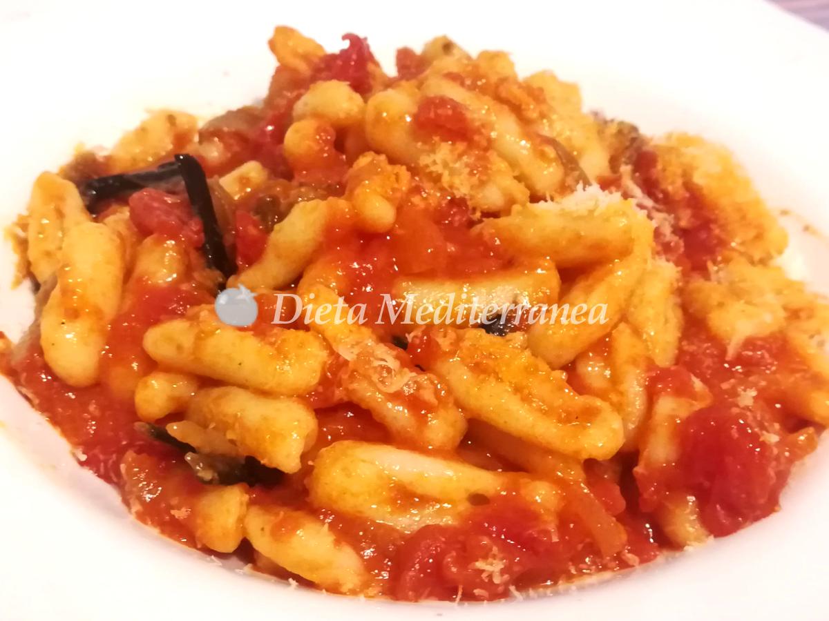 Ricetta Cavatelli Pugliesi al pomodoro fatte in casa by Dieta Mediterranea